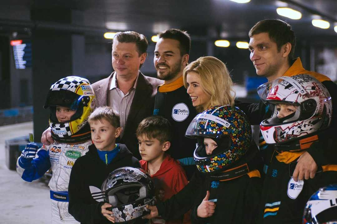 Ира Сидоркова и Виталий Петров вместе со звездами шоу-бизнеса и автоспорта