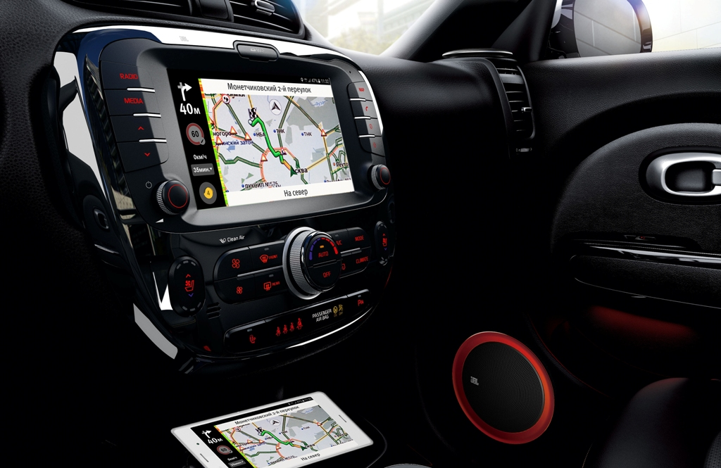 KIA Soul Android Auto и Apple CarPlay